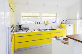 Color Combination With White Yellow Kitchen Decoration Creates Cheerfulness While Cooking