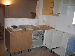 poser une cuisine ikea poser un meuble d angle de cuisine idée de modèle de cuisine