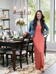 joanna gaines bio joanna gaines hgtv and room