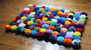 tappeti fai da te come fare tappeto con pon pon lettera43 it