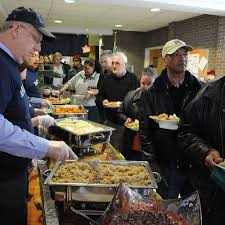 soup kitchen meal ideas best 25 soup kitchen volunteer ideas on homeless