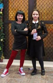 Addams Family Costumes Halloween 20 Mavis Costume Ideas U2014no Signup Required