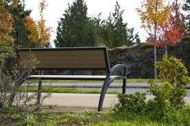 modena park bench wishbone site furnishings