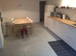 cuisine en béton ciré 100 ides de comment faire du beton cire au sol