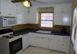 How To Paint White Kitchen Cabinets by Livelovediy How To Paint Kitchen Cabinets In 10 Easy Steps 11
