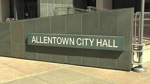 Allentown Lights In The Parkway Spanish Street Signs Stir Debate In Allentown Wfmz