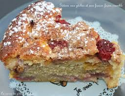 cuisine aux fraises gâteau aux pêches et aux fraises façon crumble la cuisine des p