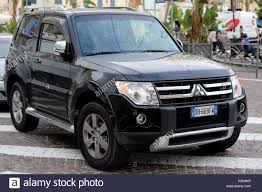 mitsubishi pajero old model mitsubishi pajero stock photos u0026 mitsubishi pajero stock images