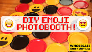 Photo Booth Background Diy Emoji Photobooth Backdrop Party Ideas U0026 Activities By