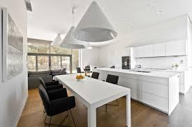 table haute ilot central merveilleux cuisine avec ilot central et table 2 salle 224