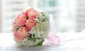 cara membuat bunga dengan kertas hias cara merangkai buket bunga mawar cara membuat buket bunga wisuda