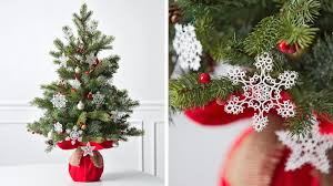 12 creative tree decorating ideas hallmark ideas