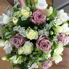 wedding flowers toowoomba wedding flowers by the enchanted florist toowoomba qld nearby
