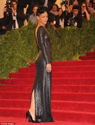 met ball 2012 rihanna snaps up attention in a crocodile embossed