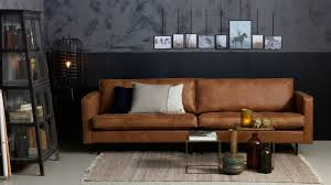 canap cuir cognac canapé 3 places en cuir cognac piètement en bois collection rodéo