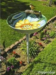 Craft Garden Ideas - garden glass totem this would be so neat u0026 put a solar light in it