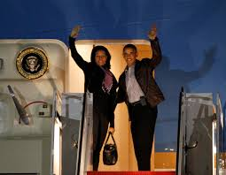 Obama Hawaii by First Lady Style The Obamas Head To Hawaii For The Holidays