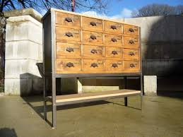 meuble de metier industriel meuble metier quincailler 16 tiroirs sapin plateaux chêne vers
