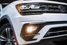 volkswagen atlas silver 2018 vw atlas r line first look arrives may 2017 to usa showrooms