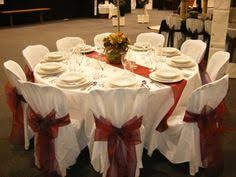 Wedding Centerpieces For Round Tables by Maybe Have A Charcoal Greyish Runner On The Natural Round Tables
