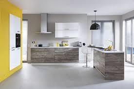 cuisine mur et gris couleur murs cuisine avec meubles blancs maison design bahbe com