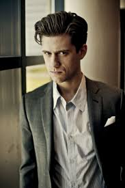tufts and pompadour aaron tveit images