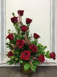 flower arrangements pictures best 25 red rose arrangements ideas on pinterest rose
