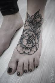 hand tattoo ideas tattoo designs you danielhuscroft com
