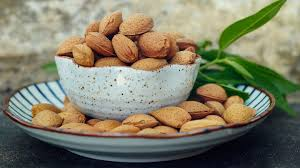 why to go nuts for nuts nutrition and health benefits everyday