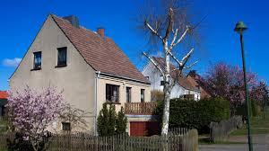 Neues Haus Mit Grundst K Kaufen Sanierungsbedarf Alter Immobilien Oft Unterschätzt Welt