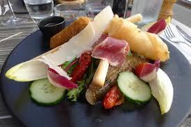 cuisine trop salad picture of le trop carry le rouet tripadvisor