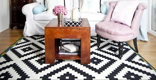 tappeti moderni bianchi e neri tappeto nero minimalismo black dalani e ora westwing