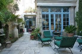 les chambres d une maison la maison bleue maison d hôtes de charme arles