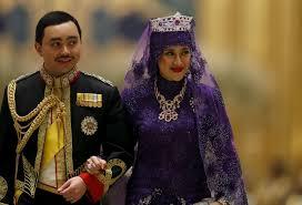 sultan hassanal bolkiah wives sultan of brunei u0027s son weds bride in lavish ceremony mirror online