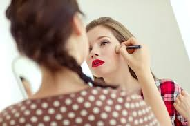 Need A Makeup Artist What You Need To Know About A Makeup Artist License Qc Makeup