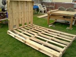 Queen Bed Frames And Headboards by Bed Frame And Headboard Made From Pallets The Frame Has Hinges In