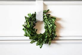 boxwood wreath mini boxwood wreath tutorial pretty providence