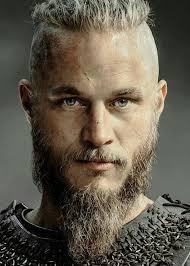 ragnar lothbrok cut his hair ragnar vikings pinterest ragnar vikings and travis fimmel