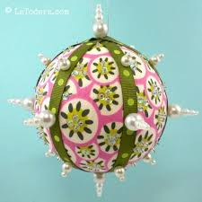 free pattern bling balls fabric ornaments la todera