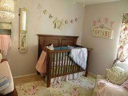 chambre bébé peinture murale la peinture chambre bébé 70 idées sympas