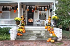 awesome country style outdoor halloween party decors with large