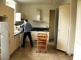 cuisine en annonay grande demeure familiale pour 22 pers location à la semaine