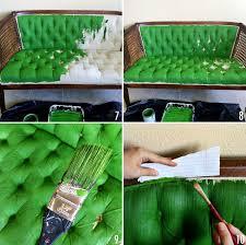 peindre un canapé comment relooker un ameublement un tissu bricobistro