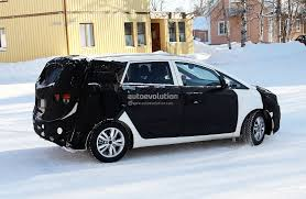 mpv car kia new kia carens rondo mpv on sale in europe in 2013 autoevolution