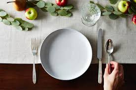 how to set a table 3 ways