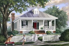 southern style house plans southern style house plan 3 beds 2 00 baths 1643 sq ft plan 137 271