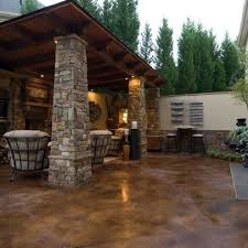 Concrete Backyard Patio by Best 25 Concrete Patio Stain Ideas On Pinterest Acid Stained
