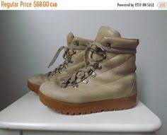 womens moon boots size 9 70s hiking boots lynx womens boots brown winter boots