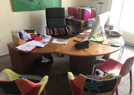 donne bureau donne bureau en bois chaise pivotante meuble de rangement et