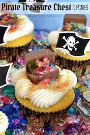 treasure chest cupcakes